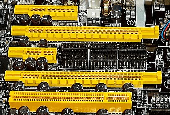 Слоты PCI Express и PCI