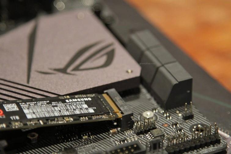 установка SSD накопителя